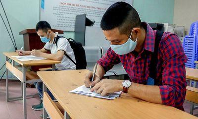 Người lao động nhận hỗ trợ bảo hiểm thất nghiệp bằng cách nào?