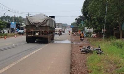 Tin tức tai nạn giao thông mới ngày 8/10: Va chạm với xe đầu kéo, 2 thanh niên thương vong