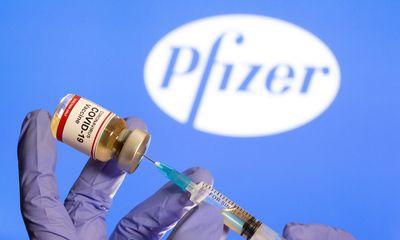 Nghiên cứu mới tiết lộ vaccine Pfizer có hiệu quả bảo vệ tốt hơn ở phụ nữ