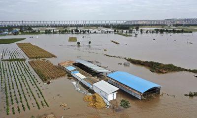 Ít nhất 15 người chết vì trận mưa lớn gây lũ lụt ở miền Bắc Trung Quốc