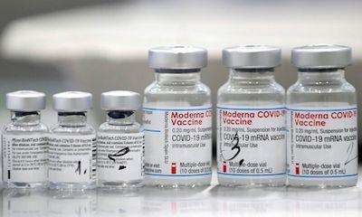 FDA Mỹ: Vaccine Moderna chưa đáp ứng tiêu chí về mũi tiêm thứ 3