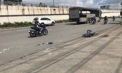 Tin tức tai nạn giao thông mới ngày 19/10: Người phụ nữ tử vong thương tâm sau va chạm với xe tải