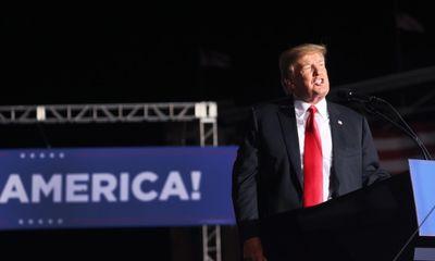 Cựu Tổng thống Trump khởi kiện để giữ kín hồ sơ liên quan cuộc bạo loạn 6/1
