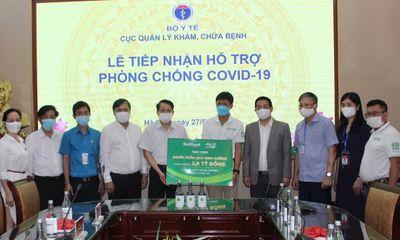 Truyền thông - Thương hiệu - Nutifood và Ông Bầu trao tặng các sản phẩm dinh dưỡng trị giá 2,6 tỷ đồng cho y bác sĩ tuyến đầu và bệnh nhân mắc Covid-19