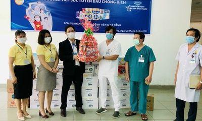 Vinamilk gửi tặng hơn 25.500 sản phẩm dinh dưỡng đến tuyến đầu và gia đình tại 4 bệnh viện tuyến đầu