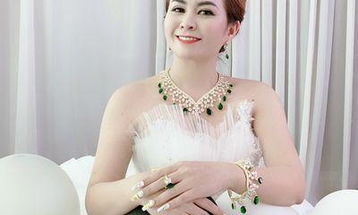 Cần biết - CEO Huỳnh Thị Hạnh Phước: Theo nghề vàng cần có cái tâm và tấm lòng vàng