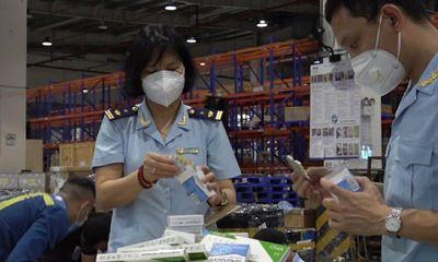 Cần biết - Bắt giữ hàng trăm hộp thuốc, thiết bị y tế chống dịch nhập khẩu trái phép
