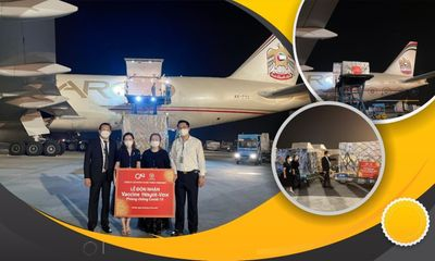 Lô vaccine Hayat-Vax phòng COVID-19 đầu tiên do UAE sản xuất đã về đến Việt Nam