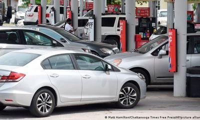 Hàng trăm trạm xăng tại Mỹ cạn kiệt sau vụ tin tặc tấn công hệ thống nhiên liệu Colonial Pipeline