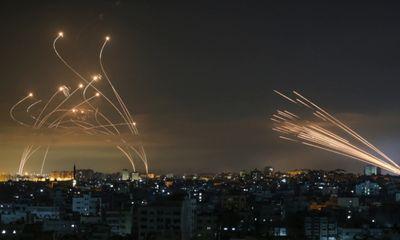 Iron Dome của Israel gây 'sôt' khi lần đầu bắn hạ máy bay không người lái
