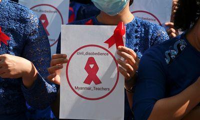 Hơn 125.000 giáo viên tại Myanmar bị đình chỉ