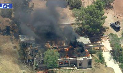 Lính cứu hỏa nổ súng sát hại đồng nghiệp, đốt nhà rồi tự tử