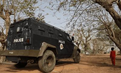 Băng cướp tàn sát gần 100 người tại 7 ngôi làng để cướp gia súc