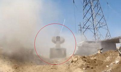 Hé lộ vũ khí lạ quân đội Syria đứa tới chiến trường để tiêu diệt khủng bố IS