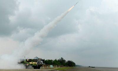 Ấn Độ thử thành công hàng loạt vũ khí mới, bao gồm tên lửa dẫn đường chống tăng