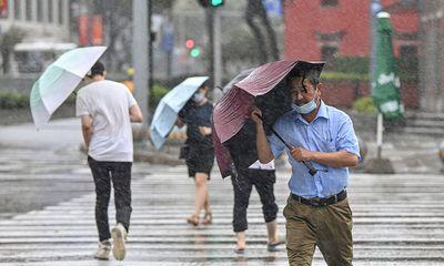 Bão In-Fa đổ bộ vào Trung Quốc, trút mưa lớn xuống Thượng Hải