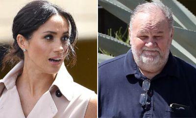 Meghan hứng chỉ trích dư luận sau những tiết lộ bất ngờ của bố và anh trai