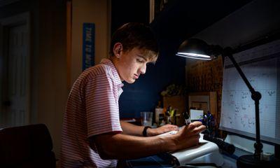 Nhiều học sinh Mỹ bị ảnh hưởng trầm trọng cả thể chất lẫn tinh thần sau khi nhiễm COVID-19