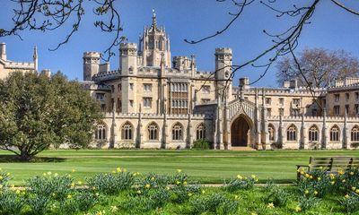 Công bố bảng xếp hạng các trường đại học tốt nhất Vương quốc Anh năm 2021