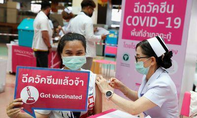 Thái Lan áp dụng kỹ thuật tiêm dưới da nhằm tiết kiệm vaccine phòng COVID-19