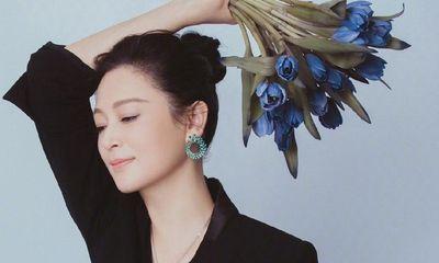 Chiêm ngưỡng nhan sắc tuổi 52 của Trần Hồng - Điêu Thuyền đẹp nhất màn ảnh Hoa ngữ