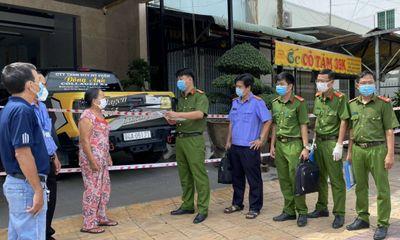 Khởi tố vụ án, khám nhà nữ giám đốc làm lây lan COVID-19 ở Bạc Liêu