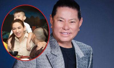 Chân dung vị tỷ phú muốn nhận nuôi 23 người con của Phi Nhung: Từng lọt top 400 người giàu nhất nước Mỹ