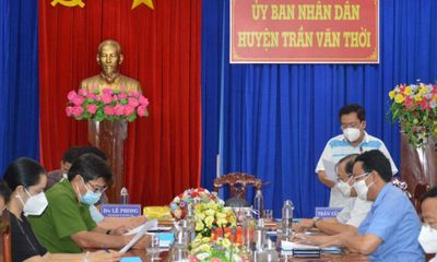 Chủ tịch UBND huyện Trần Văn Thời giải thích lý do tiêu hủy 15 con chó