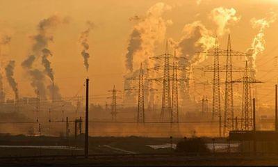 Nổ lớn nhằm vào cột điện cao thế, toàn thủ đô Kabul bị mất điện