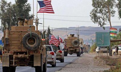 Tin tức quân sự mới nóng nhất ngày 25/10: Binh sĩ Syria chặn đoàn xe quân sự Mỹ
