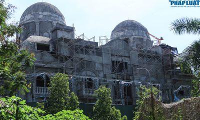 Ngắm tòa lâu đài nguy nga bậc nhất Thủ đô đang hoàn thiện