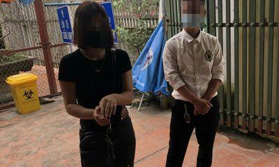 Hà Nội: Bị phát hiện dùng giấy đi đường giả mạo, tài xế khai lấy từ