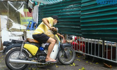 Hà Nội: Cận cảnh vùng cách ly y tế hơn 1.300 nhân khẩu tại phường Thổ Quan