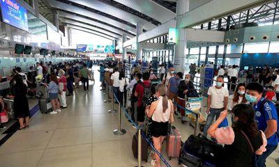 Hãng hàng không trả phí sân bay thu hộ: Trừ phí hồ sơ, hành khách nhận lại chẳng đáng bao nhiêu
