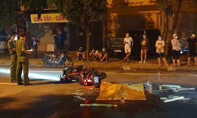 Nghệ An: Truy tìm tài xế ô tô đâm tử vong nam thanh niên trong đêm mưa rồi bỏ chạy