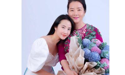 Điểm lại những cặp mẹ con đại gia xinh đẹp, quyền lực trên thương trường