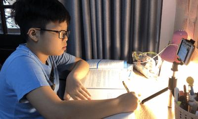 Học sinh khó khăn, không điện thoại, không máy tính ở TP.HCM sẽ nhận được hỗ trợ khi học online