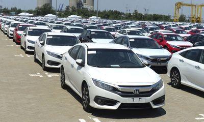 Ô tô nhập khẩu về Việt nam tăng gần gấp đôi cùng kỳ năm trước