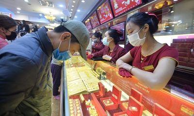 Giá vàng đồng loạt quay đầu giảm sau 4 phiên tăng liên tiếp