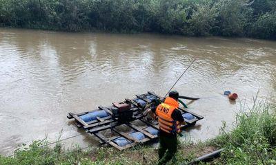 Vụ 3 cha con bị nước lũ cuốn trôi ở Gia Lai: Mới tìm thấy 2 thi thể