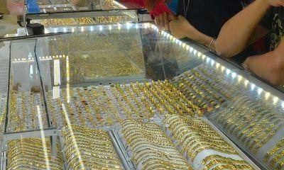 Giá vàng hôm nay ngày 15/10: Vàng trong nước quay đầu giảm nhẹ