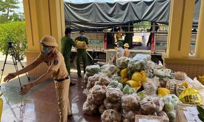 Thanh Hóa: Chuyển hơn 1 ngàn tấn lương thực, thực phẩm thiết yếu quyên góp vào hỗ trợ người dân TP. HCM