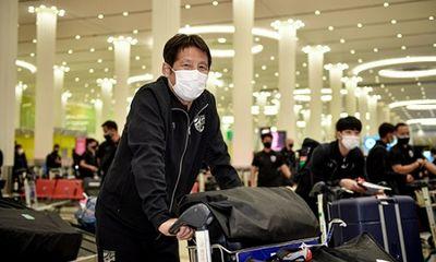 HLV Akira Nishino nuối tiếc khi học trò bỏ rơi tuyển Thái Lan