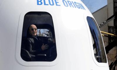 Vị đại gia bí ẩn chi 28 triệu USD mua vé bay vào vũ trụ cùng tỷ phú Amazon