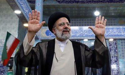 Thẩm phán cứng rắn của Iran trên đà đắc cử tân tổng thống