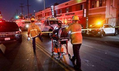Mỹ: Xe cảnh sát nổ tung sau khi thu giữ hơn 2 tấn pháo hoa lậu nặng