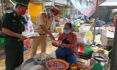 Đồng Tháp: Phát hiện ổ dịch ở chợ biên giới, tiến hành phong tỏa 850 hộ dân