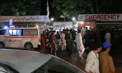 Afghanistan: Nổ lớn bên ngoài sân bay Kabul, ít nhất 60 người thiệt mạng