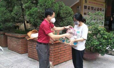 """Sinh viên mắc kẹt ở Hà Nội: """"Cảm ơn vì chúng em không bị bỏ rơi"""""""