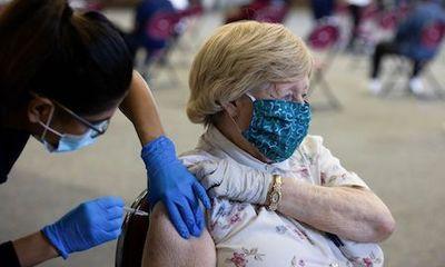Hiệu quả ngăn lây nhiễm của vaccine Pfizer giảm xuống còn 47% sau 6 tháng